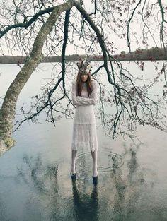 Nature Goddess Editorials - The Alisa Frolkina Mojeh Magazine Photoshoot is Utterly Bewitching (Ivonne)