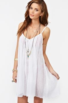 White beach dresses http://mydigitalcloset.com/mydigitalcloset-20/search?node=6&keywords=White+beach+dresses