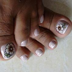 Cute Toe Nails, Sexy Nails, Toe Nail Art, Trendy Nails, Summer Toe Nails, Spring Nails, Mani Pedi, Manicure And Pedicure, Pretty Pedicures