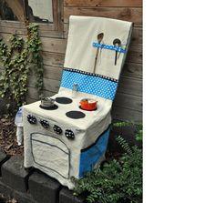 Kaufmannsladen & Küche - Kinderküche Elefanten Stuhlhusse - ein Designerstück von Milchraeuber bei DaWanda