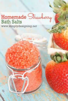 Homemade Strawberry Bath Salts - must pin for later!   simple to make and a wonderful gift! #mothersday #gift #handmadegift #bath #spa #diybeauty