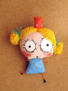 The artist has made a gazillion of these whimsical art dolls called Princessa. Monster Dolls, Ugly Dolls, Cute Dolls, Fabric Toys, Fabric Art, Doll Crafts, Diy Doll, Sewing Dolls, Little Doll