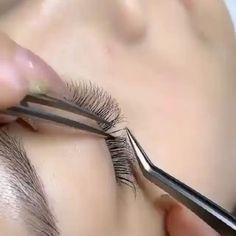 Eyelash Extensions Salons, Eyelash Salon, Eyelash Tips, Perfect Eyelashes, Natural Fake Eyelashes, Eyelash Technician, Lash Quotes, Lash Room, Eye Makeup Designs