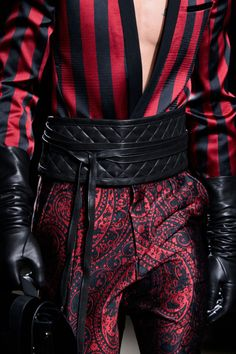 Style is Viral High Fashion, Mens Fashion, Fashion Outfits, Paris Fashion, Haute Couture Style, Look Man, Mode Vintage, Character Outfits, Costume Design