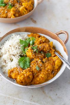 Vegan Cauliflower and Red Lentil Curry - The Mother Cooker Red Lentil Recipes, Curry Recipes, Indian Food Recipes, Vegetarian Recipes, Cooking Recipes, African Recipes, Vegan Curry, Lentil Curry, Lentil Dahl