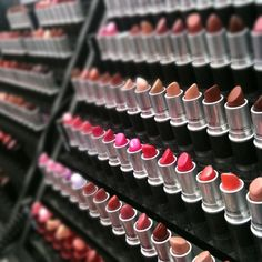 Eyecandy #mac #makeup lipsticks smell so gooooood!