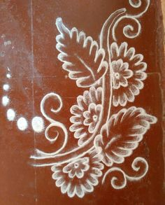Rangoli Free Hand Rangoli Design, Small Rangoli Design, Beautiful Rangoli Designs, Kolam Designs, Mandala Design, Henna Designs, Rangoli Colours, Rangoli Patterns, Rangoli Ideas