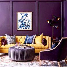 20 Dazzling Purple Living Room Designs - Alexa Home Decor Purple Color Schemes, Complimentary Color Scheme, Split Complementary, Harmony Design, Color Harmony, Living Room Designs, Living Room Decor, Purple Living Rooms, Dark Purple Rooms
