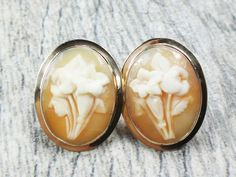 Vintage 14k Cameo Earrings Gold Floral Cameo Earrings Post Back Earrings Shell Cameo Earrings Yellow Gold Oval Earrings by BelmarJewelers on Etsy