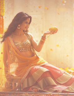 Katrina Kaif looks gorgeous as ever ^-^ Bollywood Lehenga, Bollywood Fashion, Bollywood Stars, Katrina Kaif, Indian Dresses, Indian Outfits, Indian Clothes, Orange Lehenga, Indian Look