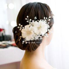 2 Color 2014 Hot Bridal Hair Accessory The Wedding Handmade Beaded Flower Hairpin Big Rhinestone Wedding Jewelry White Red US $13.06