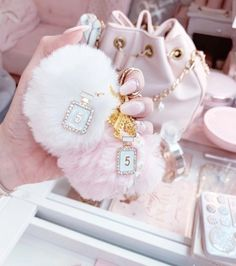 Baby Pink Aesthetic, Princess Aesthetic, Cute Pink, Pretty In Pink, Sacs Design, Pink Faux Fur, A Silent Voice, Beautiful Handbags, Everything Pink