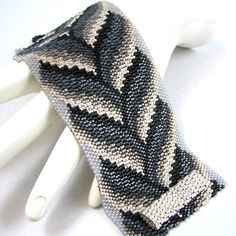 Achromatic Bargello Braid Peyote Cuff Bracelet (2560)