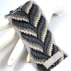 Achromatic Bargello Braid Peyote Cuff Bracelet (2560)