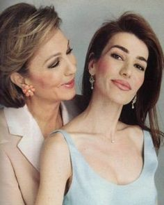Queen Farah Pahlavi with her Late daughter Princess Leila Pahlavi :'(