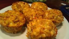 Gluten free crab and tilapia cakes recipe ¦ Friend That Cooks Blog    Fantastic crab and tilapia cake recipe on the Friend That Cooks blog. Check out the fantastic food we make for our weekly meal prep customers and get this great recipe by clicking on the pic.