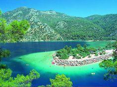 Albania - Dhermi or Jala Beach http://thesecret.tv.br/2014/04/10-paises-mais-baratos-mundo-para-mochilar/#.U0IFECDCJBZ.facebook