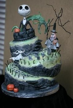 Nightmare Before Christmas topsy turvy wonky birthday | http://cakehermina.blogspot.com