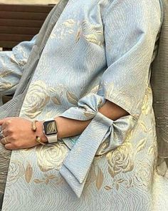 Street Hijab Fashion, Abaya Fashion, Muslim Fashion, Fashion Outfits, Mode Abaya, Mode Hijab, Mode Kimono, Pakistani Fashion Party Wear, Fashion Drawing Dresses
