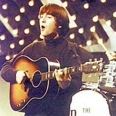 Guitar played by John Lennon and Bob Dylan to be auctioned