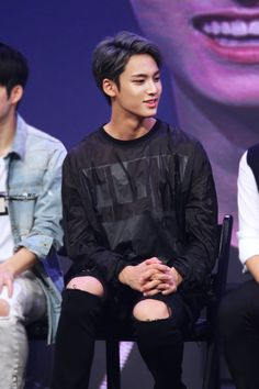"seventeen-mingyu: Seventeen Mingyu at Seventeen Showcase © do not edit, crop, or remove the watermark "" Mingyu Wonwoo, Seungkwan, Woozi, Oppa Gangnam Style, Kim Min Gyu, Won Woo, Mingyu Seventeen, Pledis 17, Pledis Entertainment"