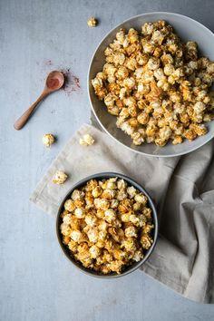 "Meet Your New Favorite Snack: Vegan Nacho-Style Popcorn  €"" Delicious Links #veganbreakfast"