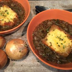 Hele haan of kip uit de slow cooker - Recept uit myTaste Lunch Recipes, Soup Recipes, Healthy Recipes, Healthy Food, Crock Pot Slow Cooker, Slow Cooker Recipes, A Food, Food And Drink, Russell Hobbs