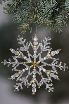 1 million+ Stunning Free Images to Use Anywhere Ornament Crafts, Snowflake Ornaments, Christmas Snowflakes, Beaded Ornaments, Christmas Crafts, Snowflake Craft, Crochet Christmas, Felt Christmas, Christmas 2019