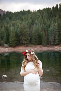 Twin Maternity Pictures Pregnancy Wardrobe, Maternity Pictures, Maternity Dresses, Twins, Photos, Maternity Shoots, Maternity Photos, Pictures
