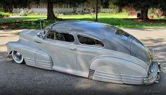 1948 Chevrolet Fleetline Aerosedan belonging to the Dukes car club, USA. Baggers, Ford Explorer, Vintage Cars, Antique Cars, Art Steampunk, Automobile, Us Cars, Lowrider, Custom Cars