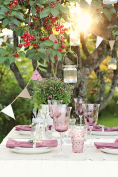purple table setting