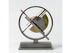 Félix DEL MARLE (1889-1952) - Construction, circa 1948. . Diameter - 27.5 cm  Assemble, collect, amass