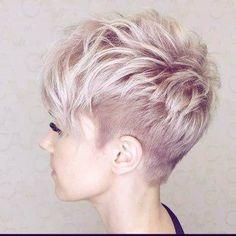 Funky Short Hair, Short Hair Cuts, Short Hair Styles, Edgy Pixie Cuts, Blonde Pixie Cuts, Pixie Cut Shaved Sides, Blonde Pixie Haircut, Messy Pixie Haircut, Short Pixie Haircuts