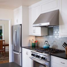 traditional kitchen by Howells Architecture + Design, LLC