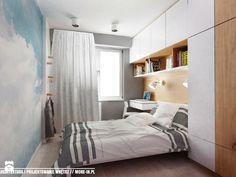 Use single bed Narrow Bedroom, Small Master Bedroom, Master Bedroom Makeover, Dream Bedroom, Home Bedroom, Modern Bedroom, Bedroom Furniture, Bedroom Decor, Small Rooms