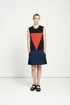 love this cool minimalist chic geometric design shift dress for summer slick street style loving alices are sure to agree panelled denim dress / shift dress / sleeveless dress / by RIYKA Colour Blocking Fashion, Oversized Dress, Colorblock Dress, Fashion Labels, So Little Time, Look Cool, Summer Looks, Capsule Wardrobe, Athletic Tank Tops