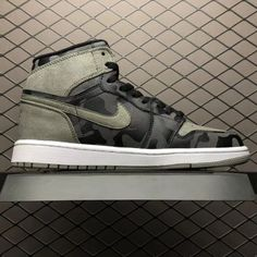 a5379a7e33f557 Air Jordan 1 Retro High Shadow Camo Restock AA3993-034-4 Air Jordan 1