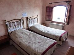 to home decor budget How to Find Budget Accommodations in Europe how to find budget hotels in europe Double Room, Double Beds, French Style Homes, European Home Decor, Best Kitchen Designs, Spacious Living Room, House Smells, Cozy House, Colorful Decor