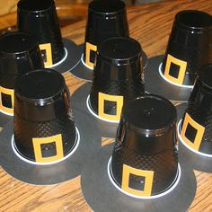 Preschool Crafts for Kids*: Thanksgiving Pilgrim Hat Cups Craft