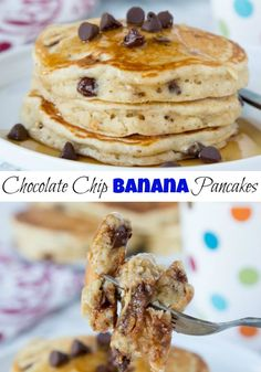 Chocolate Chip Banana - light and fluffy banana pancakes with lots of . - Chocolate Chip Banana – light and fluffy banana pancakes with lots of chocolate chips. Best Breakfast Recipes, Brunch Recipes, Dessert Recipes, Desserts, Brunch Ideas, Pancakes Easy, Pancakes And Waffles, Banana Chocolate Chip Pancakes, Chocolate Chips
