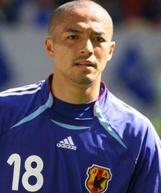 Shinji Ono (Japan) 小野伸二(日本代表) Samurai, Football, Japan, Baseball Cards, Sports, Blue, Soccer, Hs Sports, Futbol