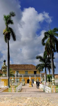 View of Plaza Mayor in trinidad town, Cuba | 16 Reasons why Cuba is so Loved by Tourists although is still under Communist Regime