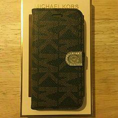 8ebb0b94bfc628 Mk case wallet iphone 6 color brown Mk case wallet Iphone 6 color brown Michael  Kors