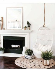 Having small living room can be one of all your problem about decoration home. To solve that, you will create the illusion of a larger space and painting your small living room with bright colors c… Decor Room, Living Room Decor, Bedroom Decor, Scandi Living Room, Master Bedroom, Bedroom Ideas, Living Room Inspiration, Home Decor Inspiration, Decor Ideas