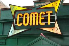 Do Comet Pizza and neighboring pizza shops have TUNNELS connecting them? (VIDEO)