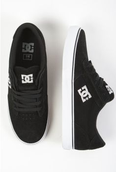 Black DC Skate Shoes. I want these!