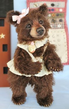 Realistic teddy bear Dani | by Joanne Livingston of Desertmountainbear