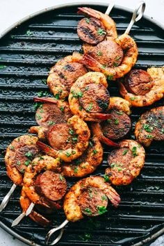Easy and Amazing Cajun Shrimp and Sausage Skewers Skewer Recipes, Healthy Salad Recipes, Healthy Chicken Recipes, Healthy Breakfast Recipes, Pork Rib Recipes, Easy Chicken Dinner Recipes, Easy Meals, Donut Recipes, Grilling Recipes