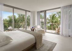 Our ultimate Miami hotels guide puts you in the know with South Beach classics…