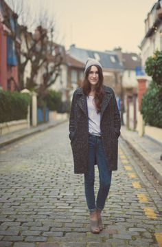 My Style⎪Warehouse coat⎪Elle Frost (her locations, i swear!)